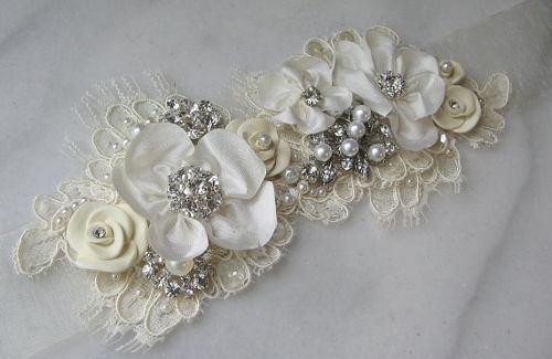 Cinturones dorados para vestidos de novia