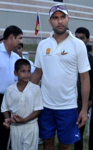 8-year-old-Musheer-Khan-dismissed-Yuvraj-Singh