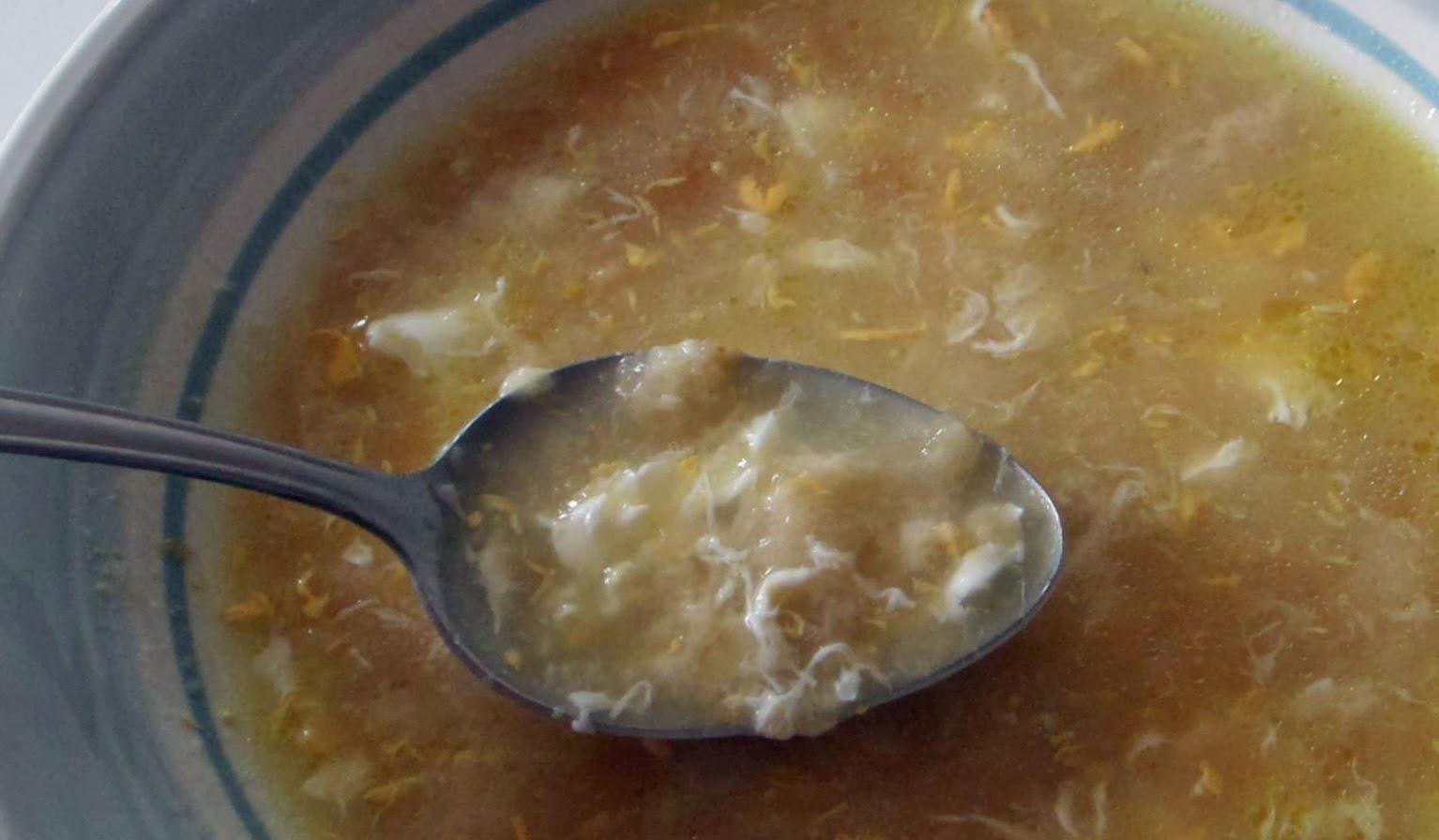 Puchero y mandil sopas de ajo for Que hacer de cenar