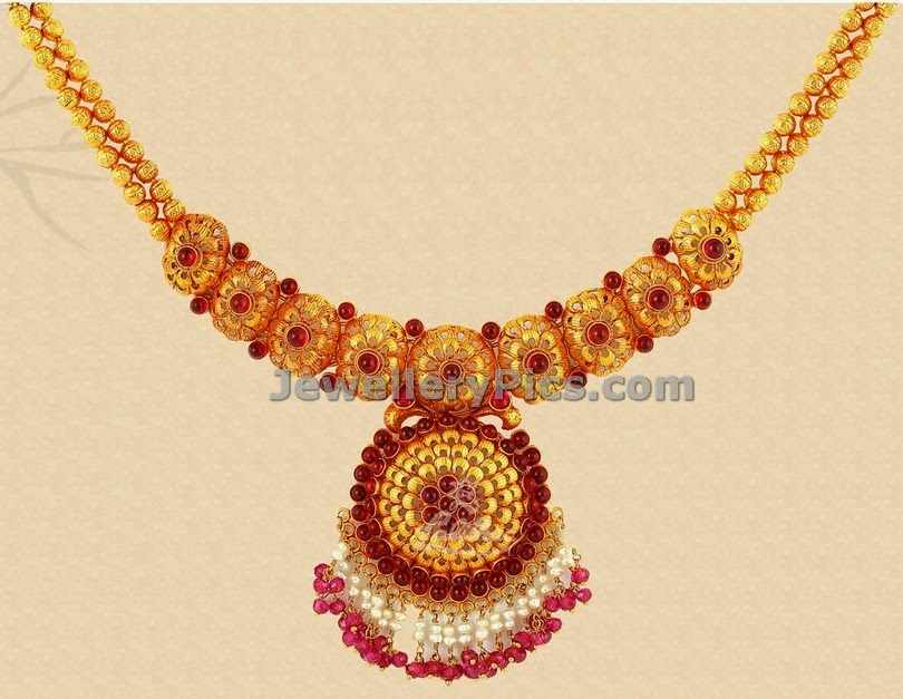 latest gold necklace by lalithaa jewellers