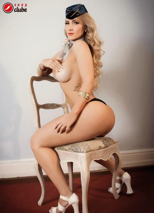Jaque Jatai nua na Revista Sexy