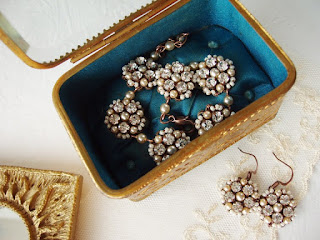 crystal jewelry, crystal jewellery, bridal sets, vintage design, wedding jewelry, bridal jewelry, little black dress jewelry, pearl jewelry, jewelry sets