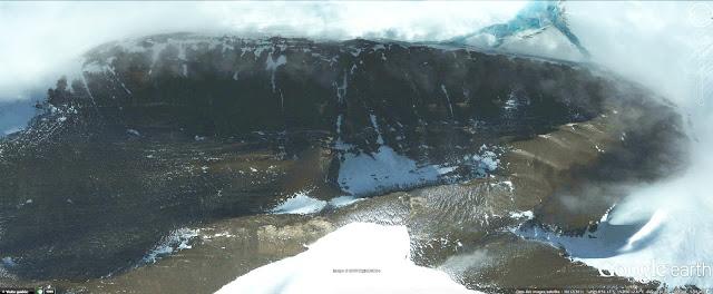 Les mystères de l'Antarctique révélés, tunnel ?