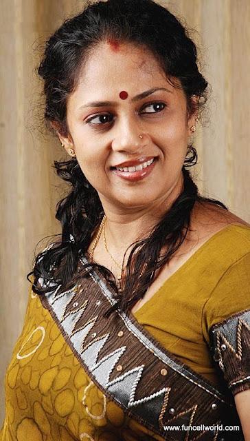 Lakshmi Ramakrishnan Photo Gallery TV Serial Actress From South