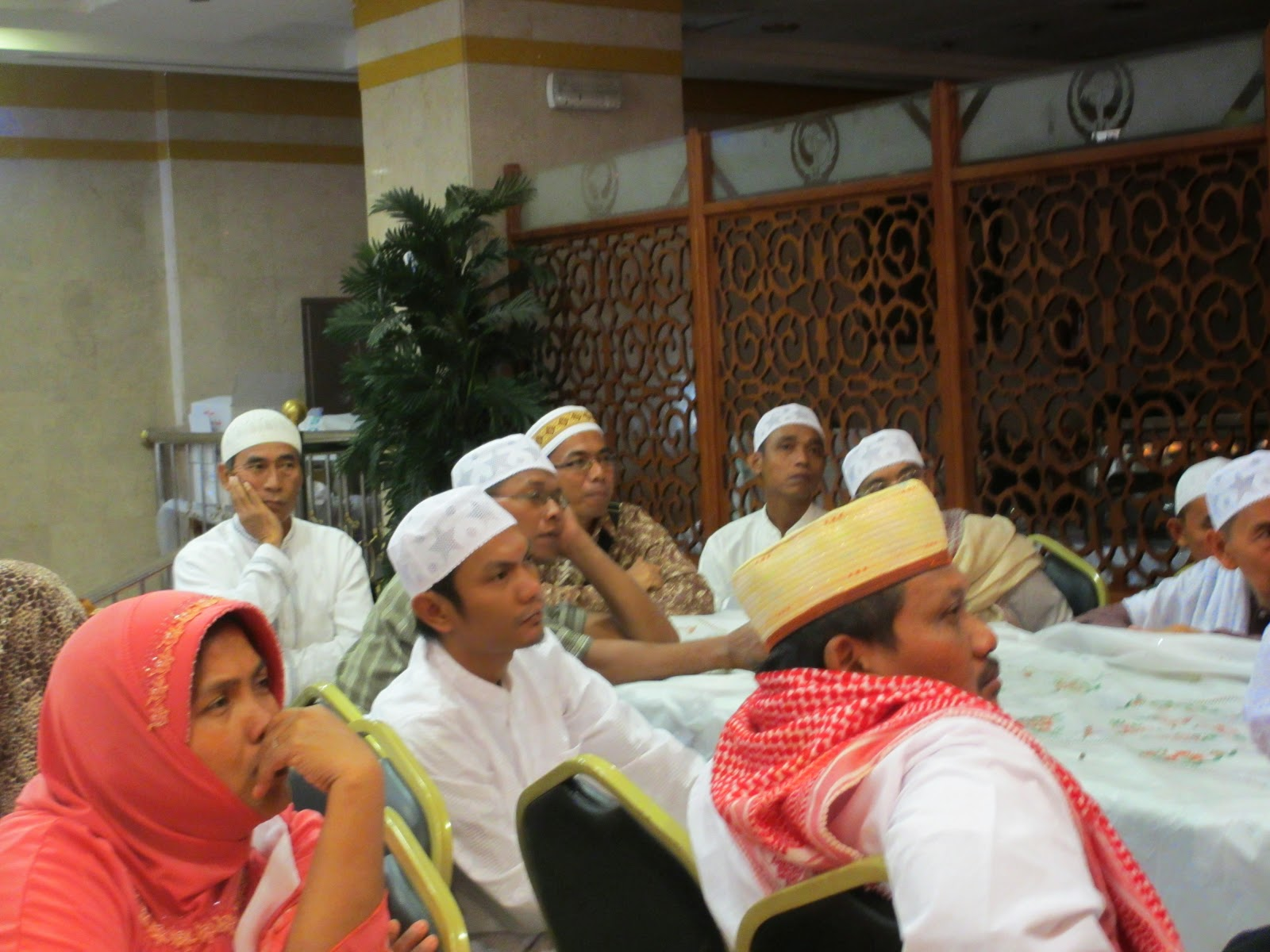 Harga Paket Umroh Desember 2014 Surabaya Aman Nyaman dan Terpercaya