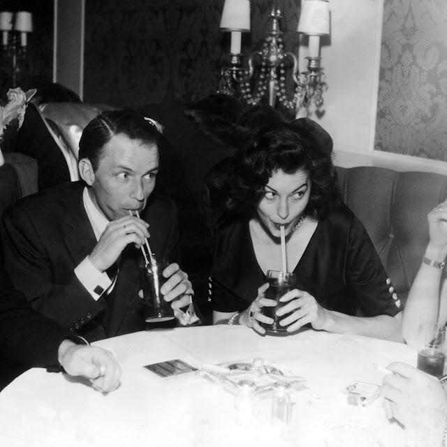 Vintage lovers Ava Gardner and Frank Sinatra