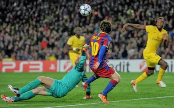Lionel Messi's wonder goal against Arsenal