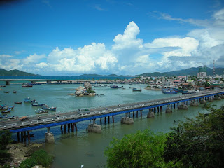 World Travel Agency Travel the world RTW- Family Travel Nha Trang Bay in Southeast Asia