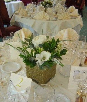 Amazing Flower Arrangements For Weddings