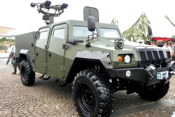 Kendaraan militer komodo pt pindad. prokimal online kotabumi lung
