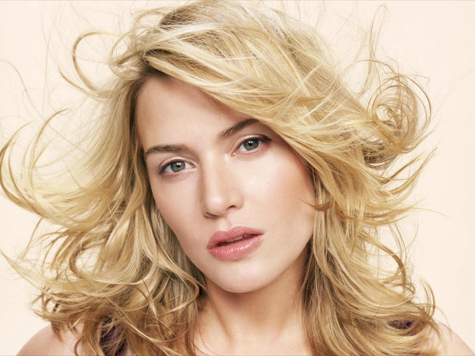 http://4.bp.blogspot.com/-irLBu9ql5sM/UNew8RTITJI/AAAAAAAADiY/KxOo3AUNirU/s1600/Kate+Winslet+-+Age+of+13.jpg