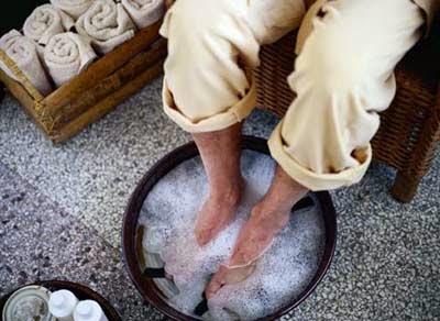 El hongo de la uña en el pie el tratamiento los preparados mejor