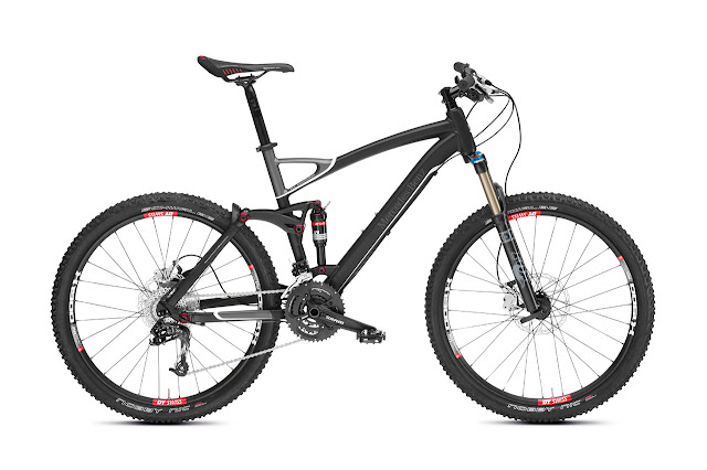 Mercedes-Benz Bikes 2013: Mercedes-Benz All Mountain Mountain Bike. Matt black/anthracite/white. Frame height: S (FH 47 cm), M (FH 50 cm), L (FH 53 cm).