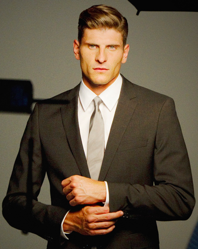 Mario Gomez suit
