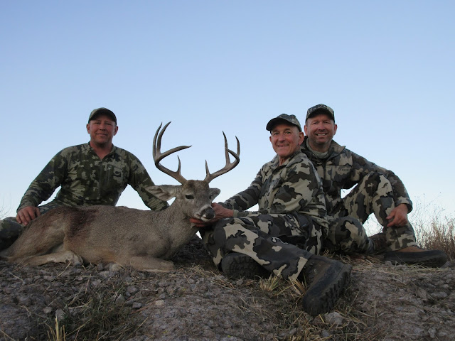 Hunting%2Bin%2BSonora%2BMexico%2Bfor%2Bcoues%2Bdeer%2Bwith%2BColburn%2Band%2BScott%2BOutfitters%2B7.JPG