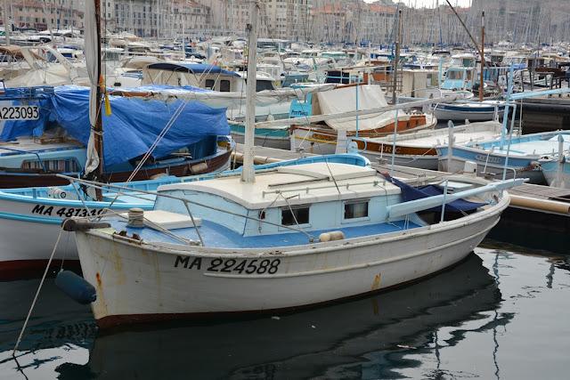 Vieux Port Marseille fisher