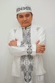 Ust.Cecep Maulana