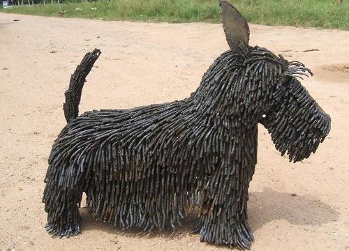 6c-Small-Animal-Sculpture-Dog-Scottish-Terrier-Giganten-Aus-Stahl