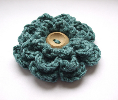 Crochet Patterns Of Flowers : crochet flower pattern-Knitting Gallery