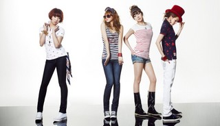 Girlband Terbaik Korea : 2NE1