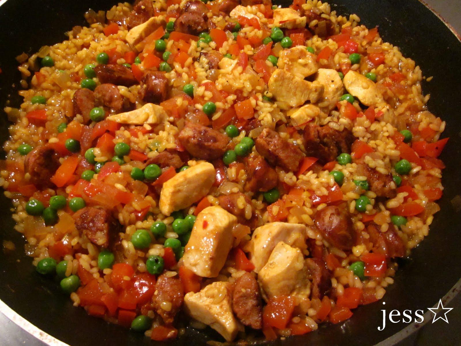 Multicultural Melbourne: Chicken & Choriza Paella