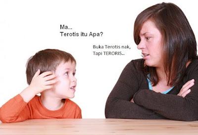hati-hati memberikan penjelasan ke anak