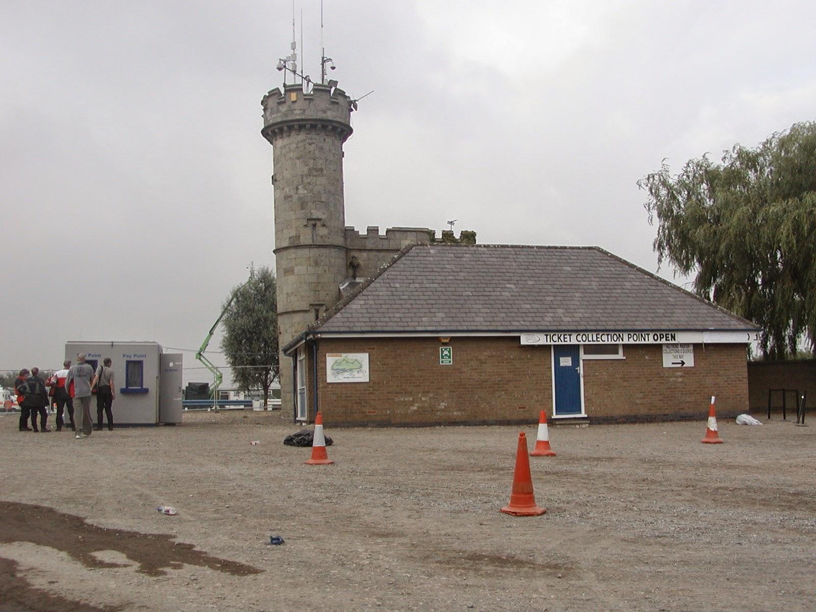 torre del circuito de Donington Park en Reino Unido