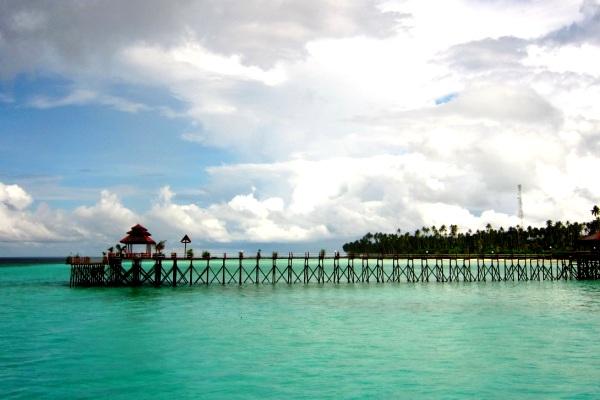 Pulau Maratua, Berau, Kalimantan Timur. ZonaAero