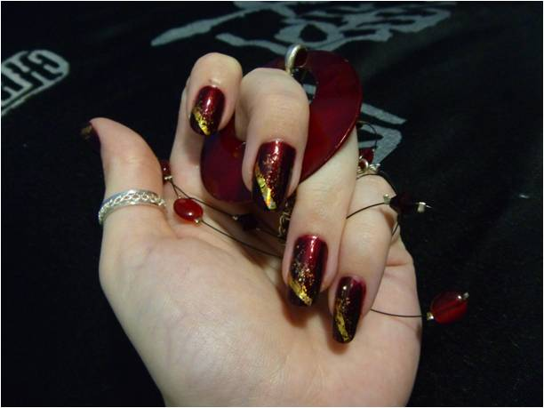 Beautiful Maroon and Golden Nail Art