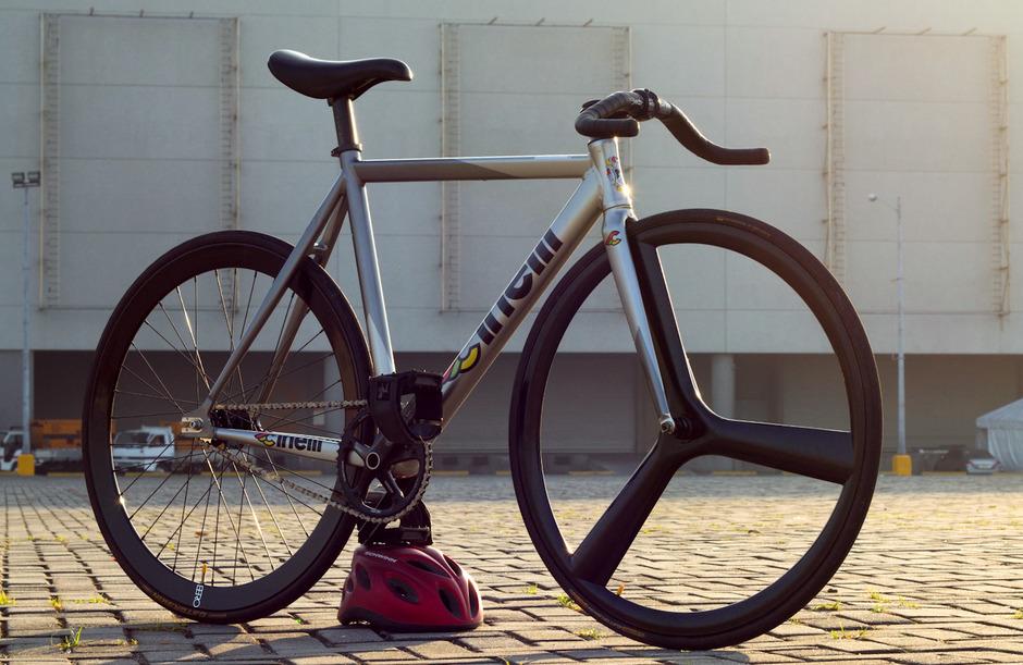 Manila Fixed Gear: Bike Check: Ahrleth\'s Cinelli MASH Bolt