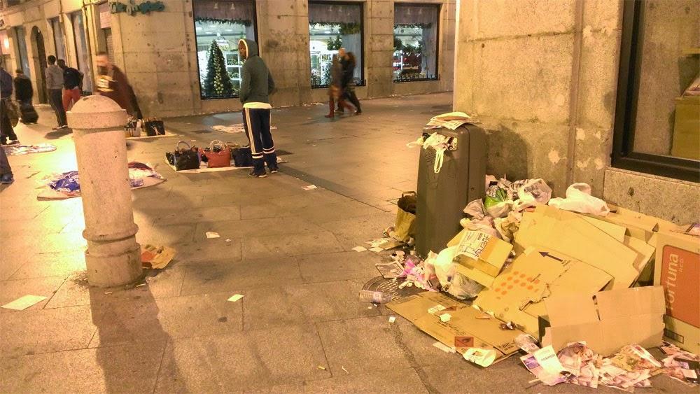 El zenobita la huelga de basuras de madrid noviembre 2013 for Puerta del sol hoy