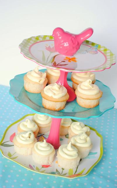 DIY taart standaard van servies