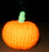 http://translate.googleusercontent.com/translate_c?depth=1&hl=es&rurl=translate.google.es&sl=en&tl=es&u=http://theblattcave.blogspot.com.es/2010/10/mini-pumpkin-for-halloween.html&usg=ALkJrhg4a-eOKb9JxhvpW3Eu8gWnwiWE7g