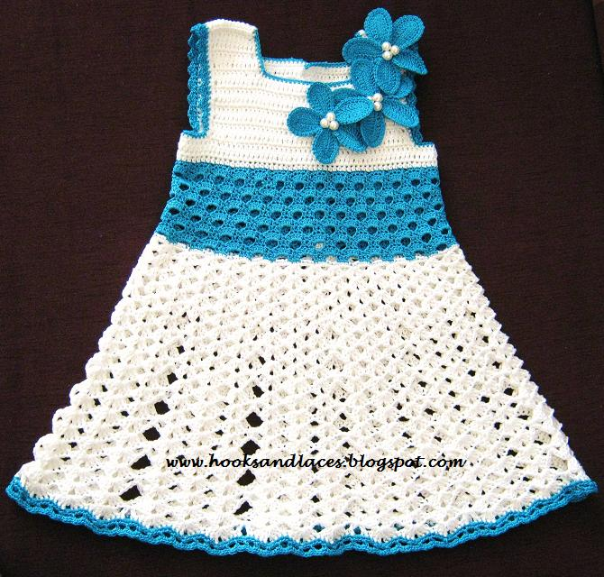 Crochet Patterns For Baby Shrugs : Hooks And Laces: Crochet White and Turquoise baby dress