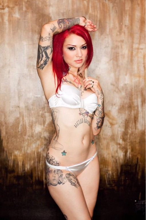 Hot sexy girls with tattoos