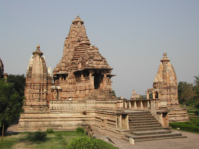 khajuraho lakshmana temple photo