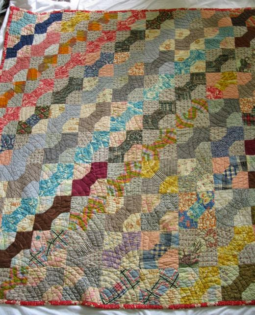 Ann Quilts Scrappy Bow Tie Quilt