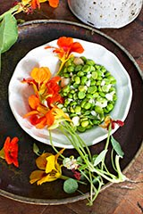English Peas, Macadamia Nuts & White Chocolate Salad
