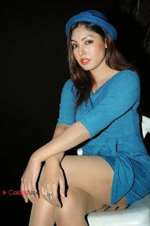 Actress Komal Jha Pictures in Short Dress at FNCC (Film Nagar Cultural Center) New Year Celebrations 2014  0045.jpg