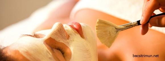 Trị mụn cám, mụn trứng cá bằng phương pháp tự nhiên
