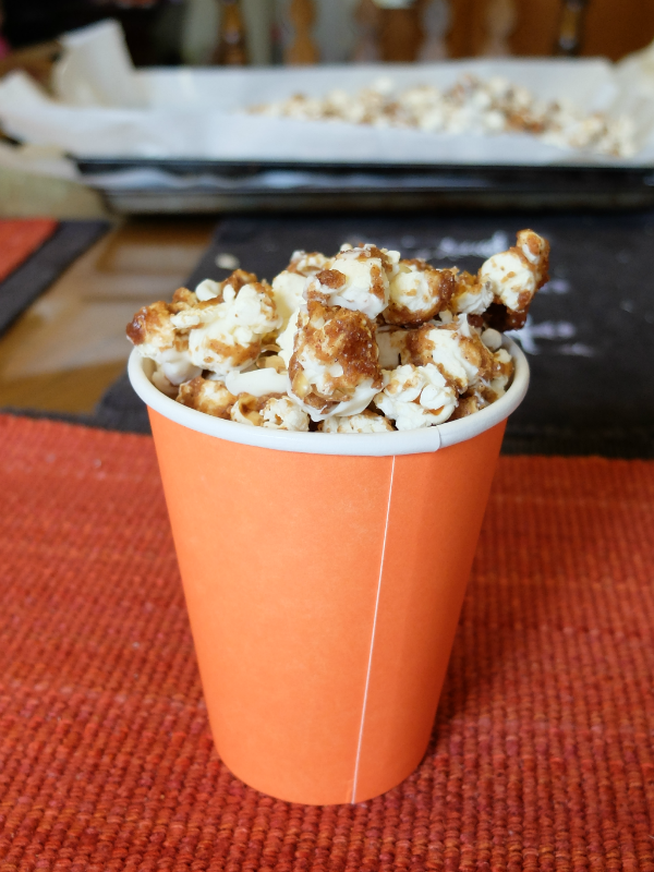 pumpkin pie spice white chocolate popcorn