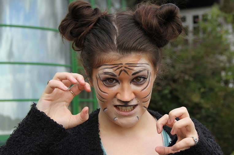 this is halloween tiger - Tiger For Halloween