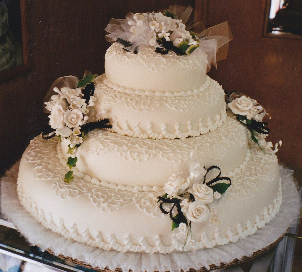 Haegeles bakery philadelphia german bakery weddings australian lace cakes are covered in rolled fondant to give a satiny background for the delicate trims which include fine lace patterns and silken ribbons izmirmasajfo