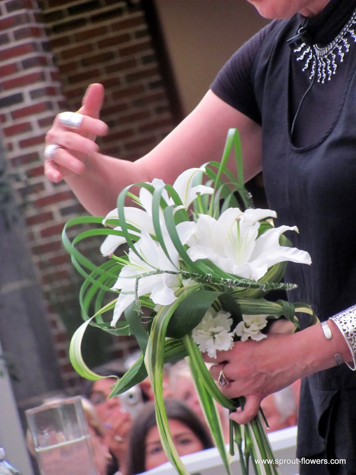 Wedding Flowers In Worcester : Worcester florists sprout wedding flower demo hitomi