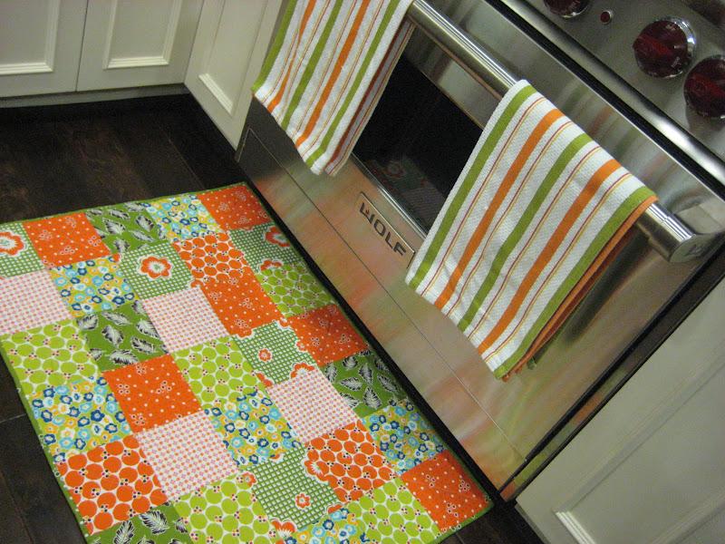 so sue: quilted kitchen floor mat