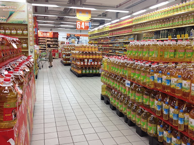 Lots of oil in Shanghai stores