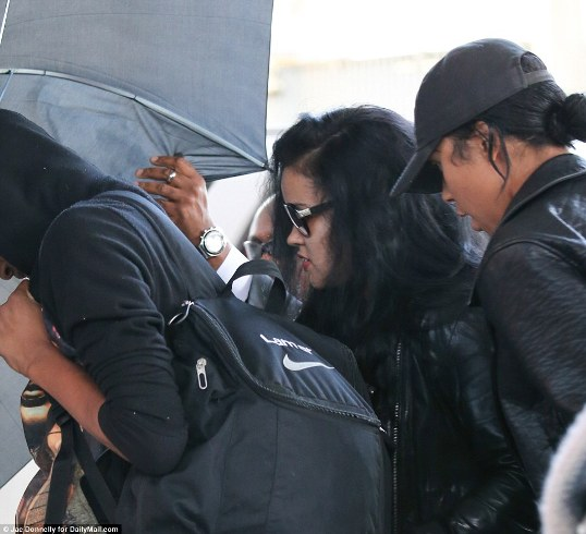 Lamar's ex Liza Morales and two children arrive in LA to Hospital