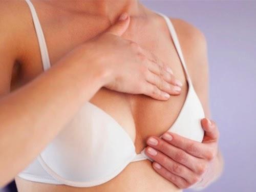 Ngực trắng mịn bằng cơm nóng