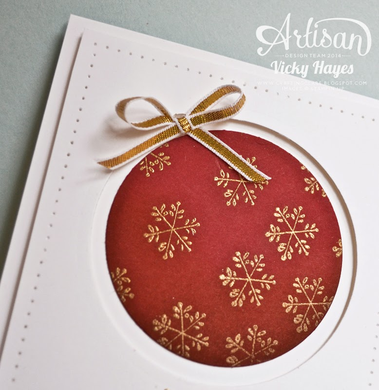 UK Stampin' Up demo Vicky Hayes shows how to make a recessed Christmas card using framelits and punches from Stampin' Up