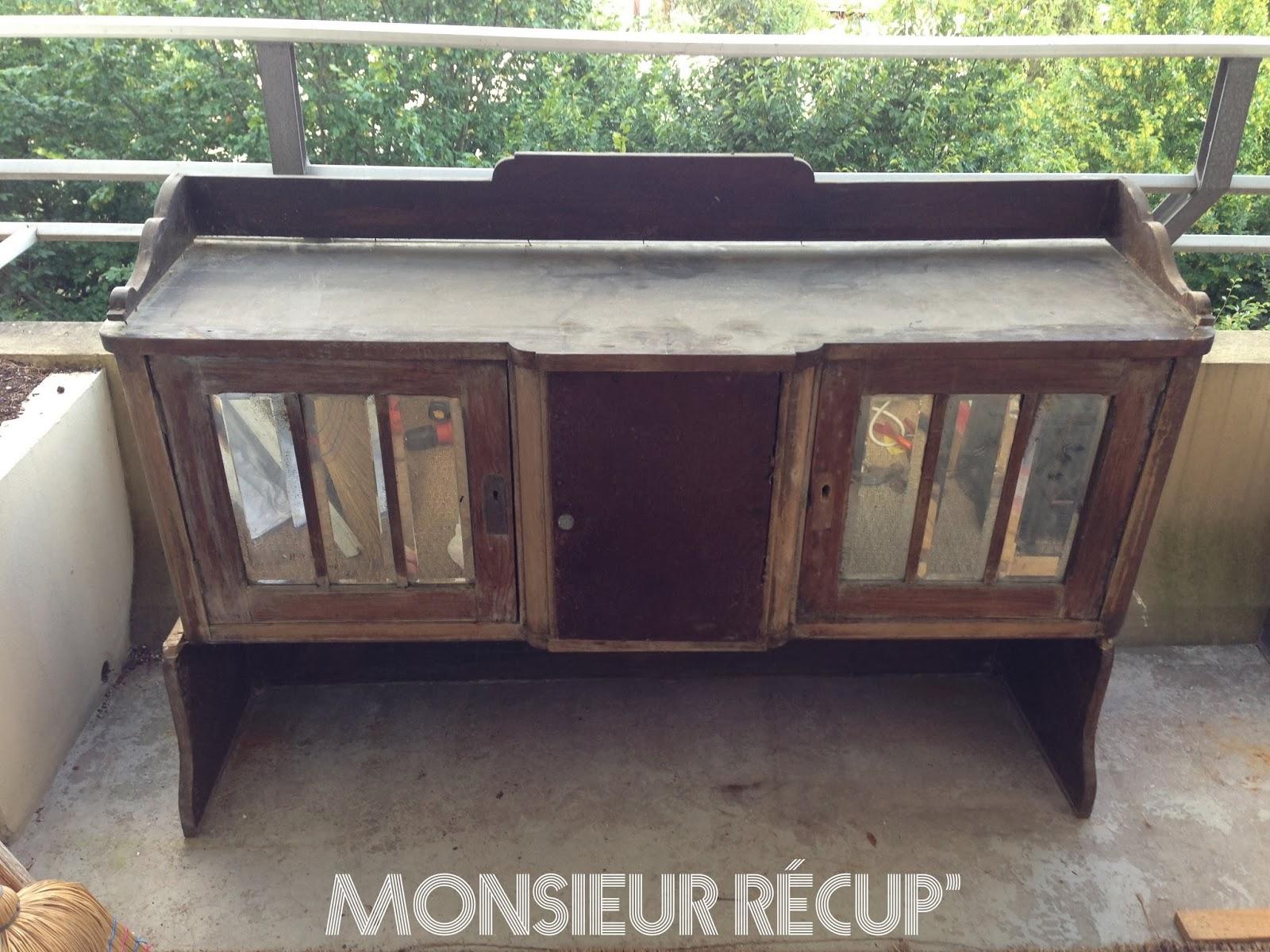 monsieur r cup 39 meuble t l sur commande. Black Bedroom Furniture Sets. Home Design Ideas
